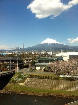 富士山20120406.jpg