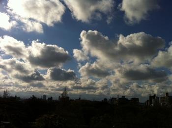 犇く雲.jpg